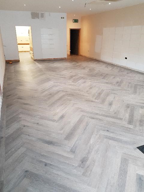 White and Grey herringbone effect flooring tiles